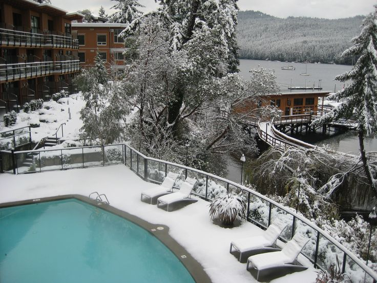 An uncommon sight in the winter in Victoria BC. Brentwood Bay Resort & Spa with a dusting of snow.