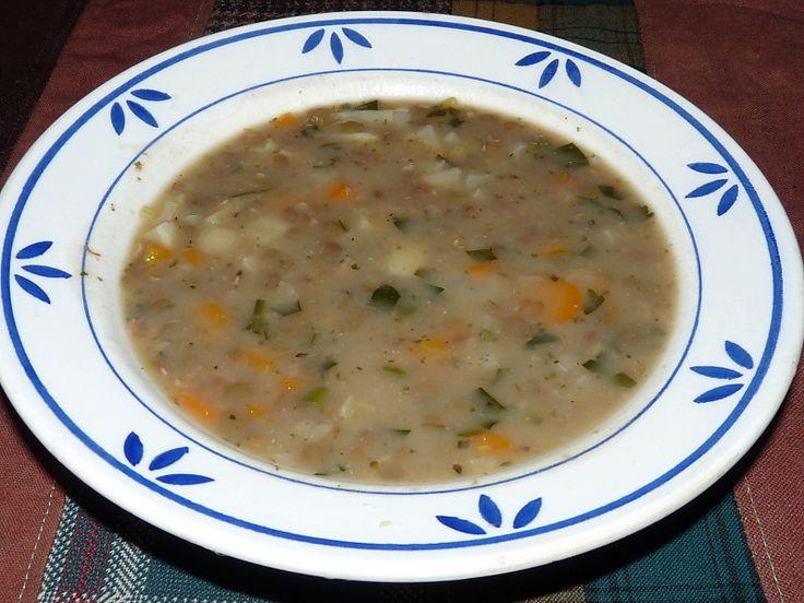 Místo jíškou můžeme čočkovou polévku zahustit rozvařenými ovesnými vločkami