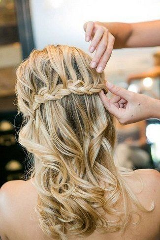 So flowing and so pretty is this half-up-half-down waterfall braided hairdo! could hold the veil! - Be Beautiful