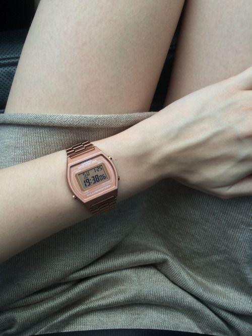 Casio Rose gold watch ☆〜