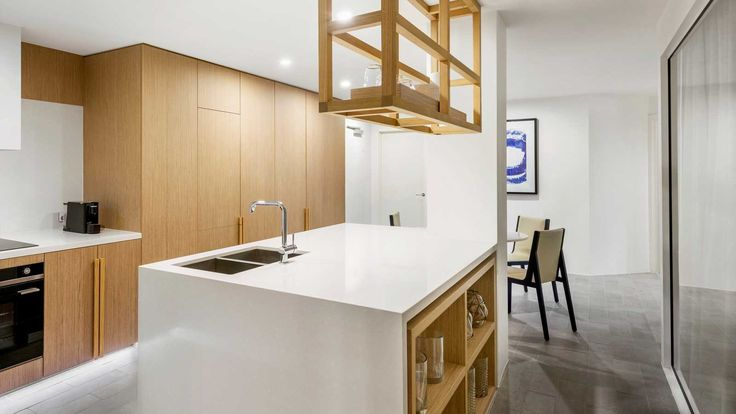 Sheraton Mirage Resort - kitchen