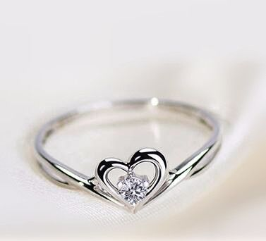 2016 new sweetheart half eternity promise ring http://www.jewelsin.com/p-2016-new-silver-sweetheart-with-shiny-cubic-zirconia-promise-ring-for-her-1465