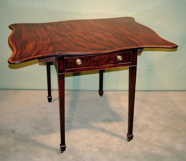A Late 18th Century Hepplewhite Period Well Figured Mahogany Butterfly  Leafu2026 Fine FurnitureAntique ...