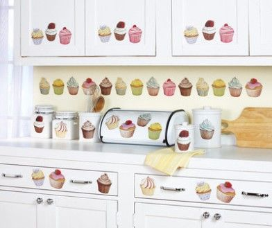 1000 ideas about cupcake kitchen decor on pinterest for Cupcake themed kitchen ideas
