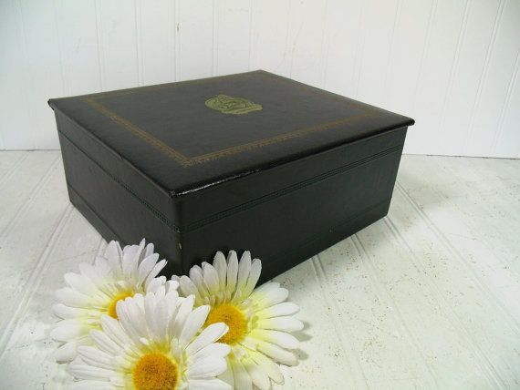 Gorgeous Green Leatherette Vintage Stationery by DivineOrders