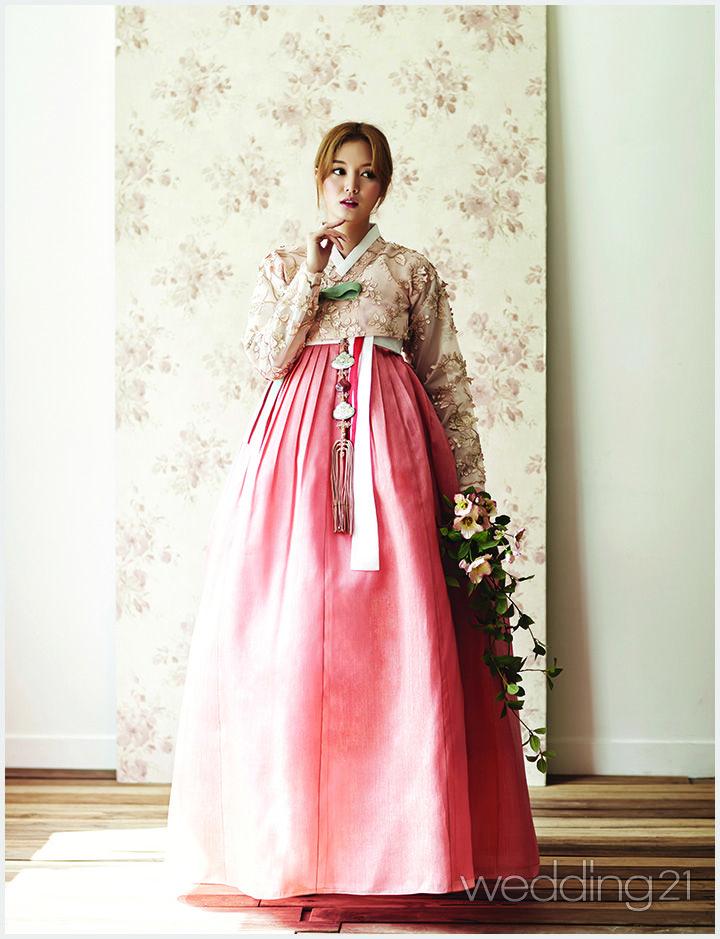 전통한복의 고귀한 아름다움
