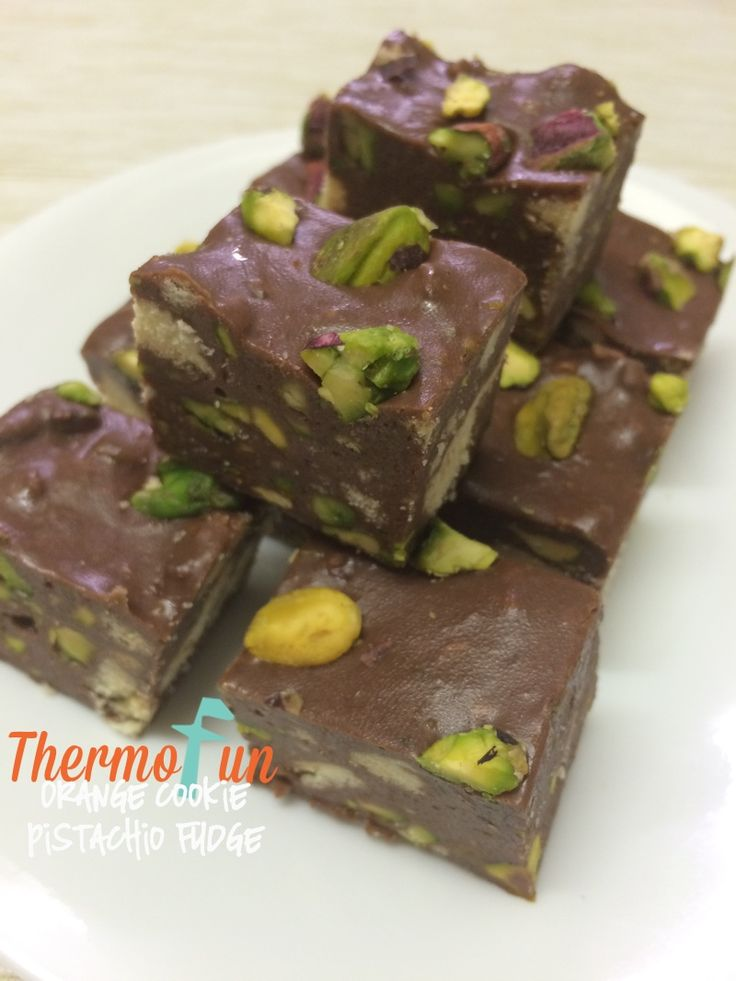 It's Wicked Wednesday again! On the third Wednesday of every month I share with you a wicked recipe! If you are new to ThermoFun make sure you check out my other Wicked Wednesday recipes. I've always been a huge fan of orange flavour in chocolate!  Many of you know too that I'm a fan...
