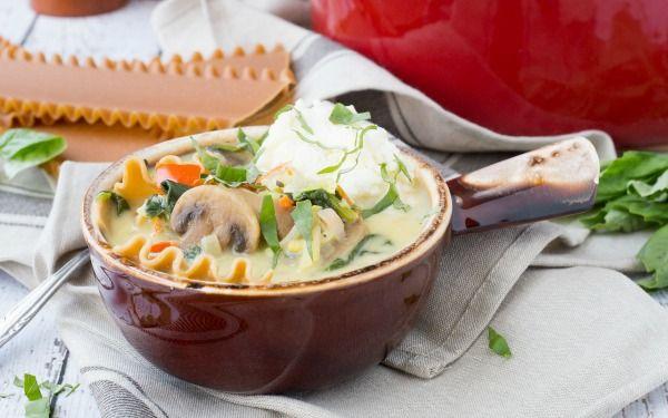 creamy-vegetarian-lasagna-soup-alt-image