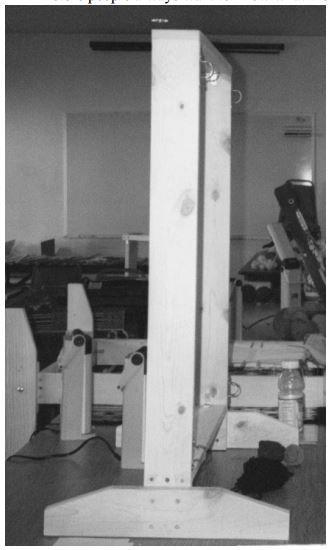 Build a Navajo Weaving Loom. PDF downloadable plans from Weaving in Beauty website.