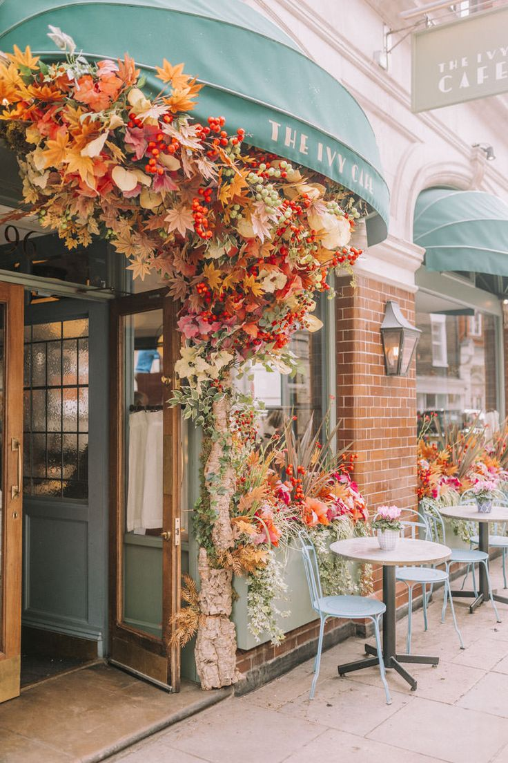 The Early Hours team's latest Autumn seasonal displays around London for the city's most iconic restaurants and shop fronts.