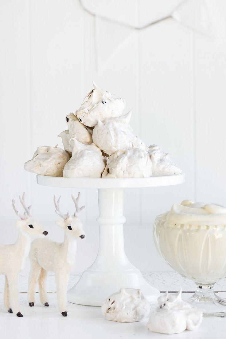 christmas spiced meringues with eggnog custard cream