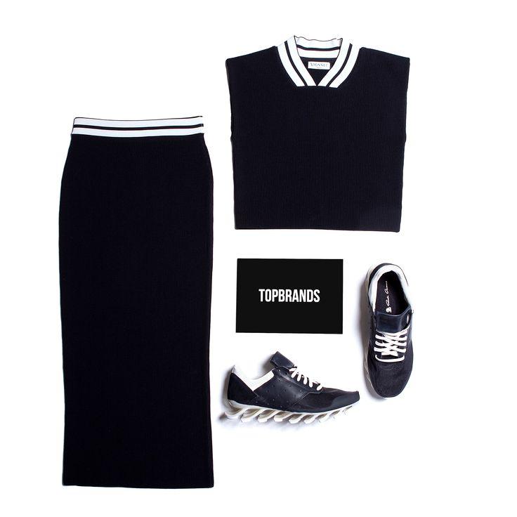 Костюм модного дома VIONNET идеально садится по фигуре, обеспечивая комфорт и подчеркивая изящность силуэта. Сочетаем его с кроссовками провокационного бунтарского бренда RICK OWENS для достижения образа с ярко-выраженной индивидуальностью и духом свободы! #topbrands #vionnet #rickowens #кроссовки #костюм