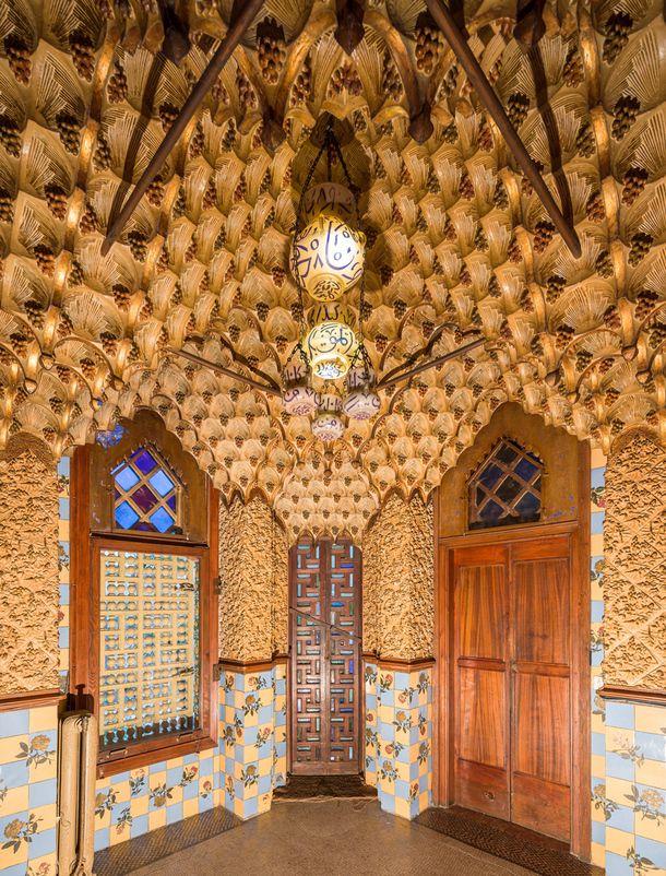 Первый дом Гауди вновь откроется для публики