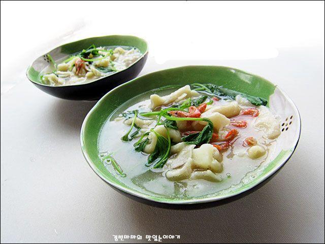 Recipe: Potato Sujebi (in Korean)