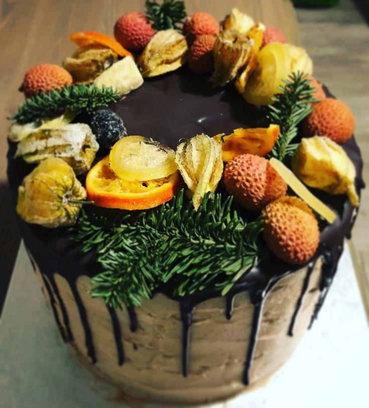 Drip christmas cake