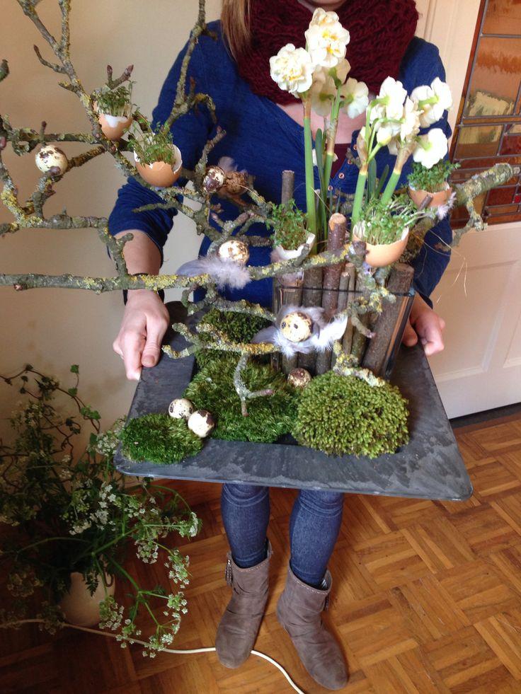 Het eindresultaat!! Erg leuk idee: tuinkers in een eierschaal, voor bij de brunch! Plant de zaadjes op een wattenschijfje.