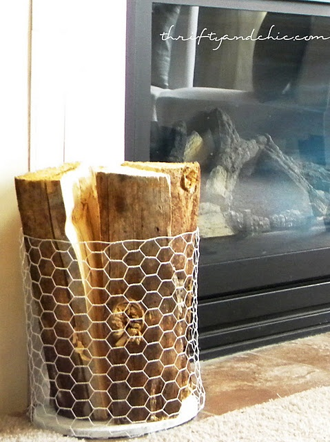Chicken Wire wood Holder - I would love to do this in a shimmery olive green color!