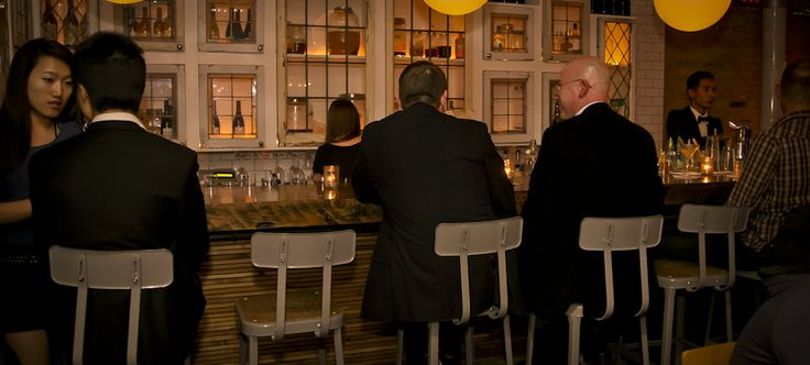 Cocktail bar. Pretty darn near my fav place ever.