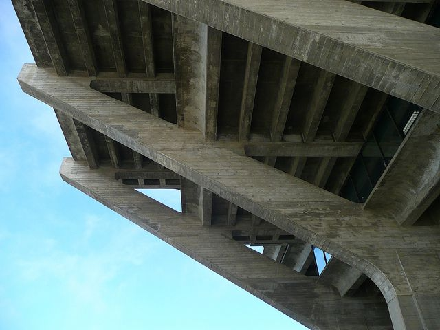 San Diego, CA UCSD Geisel Library piers | Flickr - Photo Sharing!