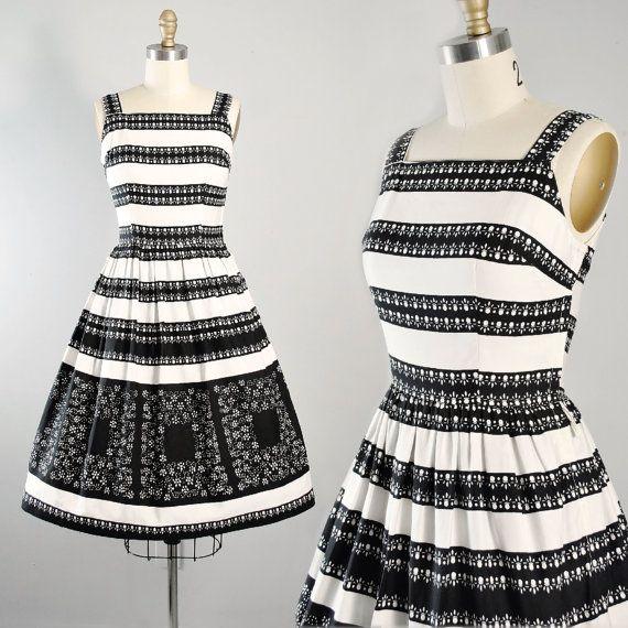 Vintage 50s Sundress  / 1950s BLACK WHITE Cotton Day Dress Floral Eyelet Border Print Full Swing Skirt Cocktail Garden Party Pinup S Small
