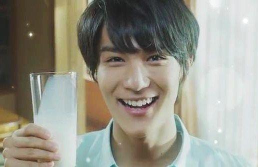 "[Web ad] https://www.youtube.com/watch?v=7YfHiN6na9c Taishi Nakagawa, TV ad ""Yuki Milk"", 2015"