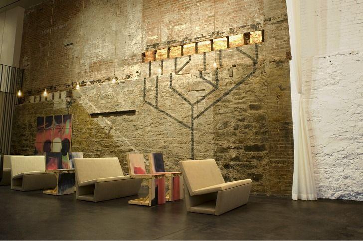 Studio Dror Converts Old Gucci Store into Stylish Soho Synagog...
