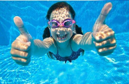 Importanta sportului intr-un stil de viata sanatos. Si fericit# descopera lumea minunata a natatiei # hai la inot cu Aqua Swim.  Instructor inot Aqua Swim: Teodor Andrei