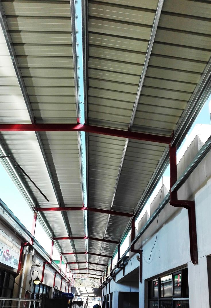 Enclosed the walkway at De Bron Shopping Centre in Malmesbury, fitted with a full #gutter system