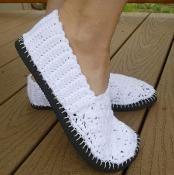 Crochet Flip Flop Flats - via @Craftsy
