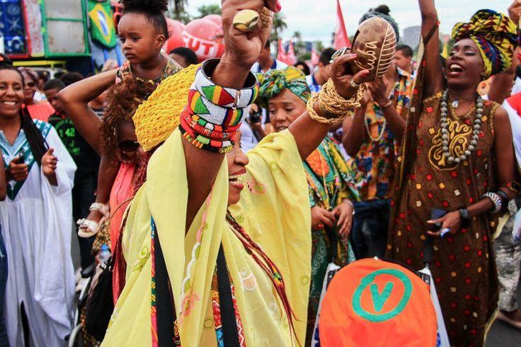 Nem Tiros, Porradas e Bombas Intimidaram a Marcha das Mulheres Negras em Brasília