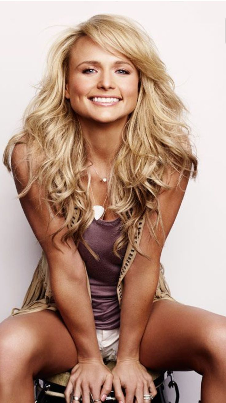 Absolutely gorgeous Miranda Lambert