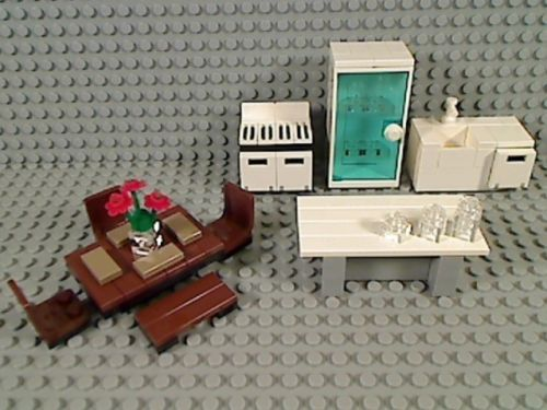 LEGO Kitchen REFRIGERATOR SINK DISHWASHER STOVE ISLAND DINING TABLE CHAIRS Bench