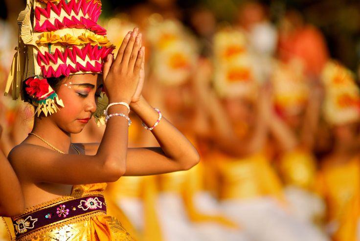PRAY - Kuta, Bali