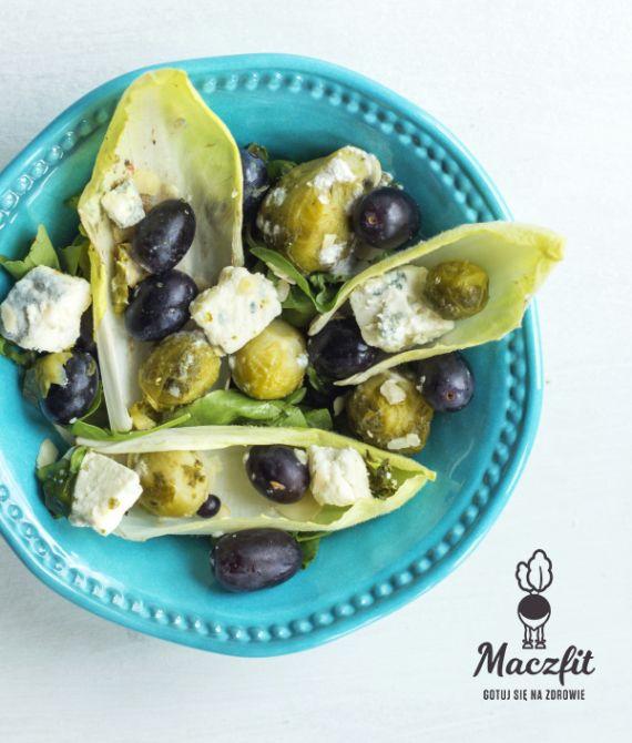 Zdrowo każdego dnia z Maczfit! #mniam #zdrowo #kolorowo #brukselka #oliwki #ser #dieta #maczfit #odchudzanie #fit #danie #inspiracja #fitcooking #diet #catering