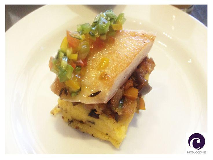 Filete Roti sobre polenta grillada y salsa vierge. Rstaurante NoSo - Hotel W - Santiago de Chile