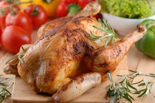Курица целиком в духовке: рецепты приготовления / Простые рецепты