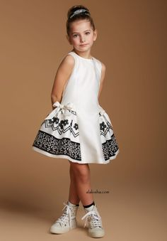ALALOSHA: VOGUE ENFANTS: Must Have of the Day: ValMax Special Ocassion Dresses
