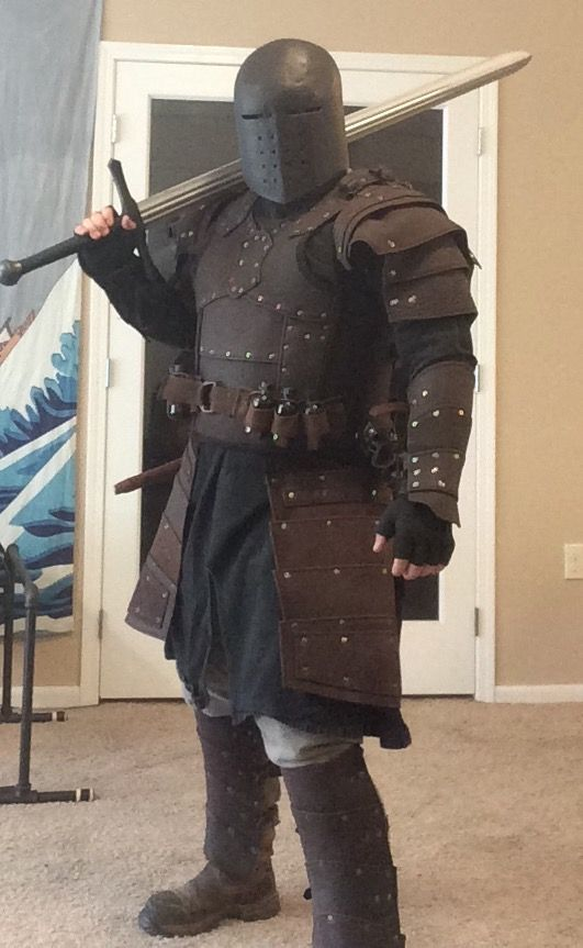 Nice LARP gear. Feel like I need to use it for something. Leather plate or browned mail.