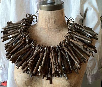 """""""Passepartout"""" just for a laugh!  (juste pour rire-ça pèse combien de kilos?) -Skeleton keys - must be terribly heavy!"""