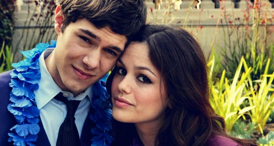 LETS GET 1 MILLION RETWEETS FOR THE OC SEASON 5.