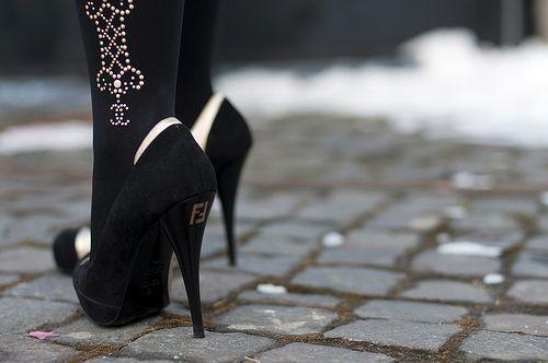 CHANEL.Shoes, Chanel, Fashion, Style, Girly Things, Black Heels, High Heels, Fendi Heels, Bling Bling
