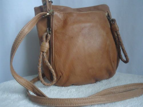 usl briefcase hermes - SOFT BUTTERY TAN LEATHER HANDBAG CROSSBODY SHOULDER BAG COLUMBIAN ...