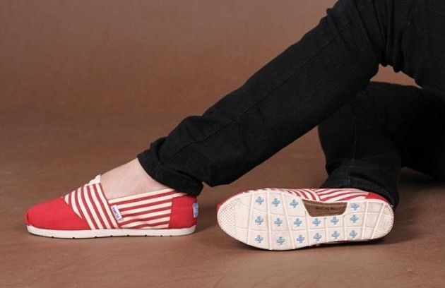 Toms+ Red Stripe Canvas Shoes Womens Classics : Toms Outlet Shoes Online, Cheap toms shoes on sale,toms outlet online,toms outlet shoes save with 70% and 100% quality guarantee!