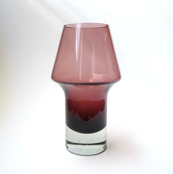 Riihimaki Amethyst Stromboli Vase by Aimo Okkolin