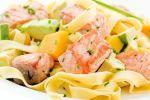 Smoked salmon tagliatelle with a pesto cream sauce/ Tagliatelle met gerookte zalm en pesto-roomsaus