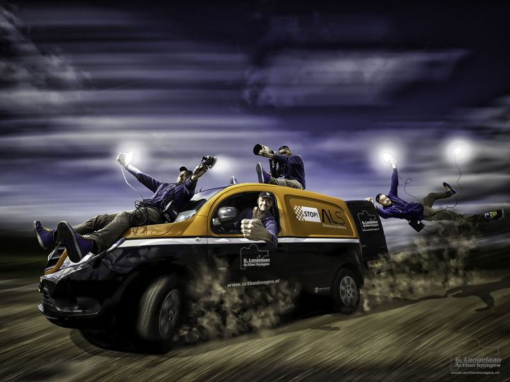 Geert Langelaan riding with the new portable #Elinchrom #lights - the ELB 400