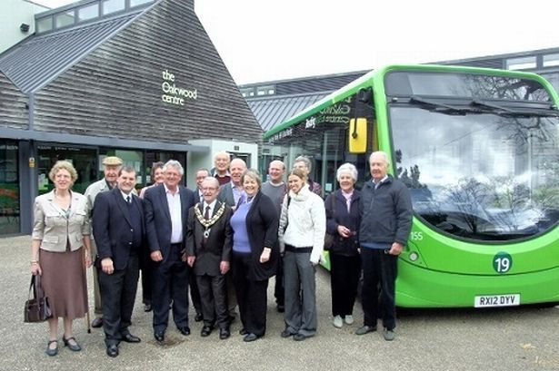Reading Buses and local councillors launch the new StreetLite buses for Woodley