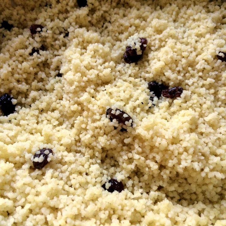Voici comment bien réussir ta cuisson de la semoule à couscous (semoule de blé dur), grâce à une astuce toute simple