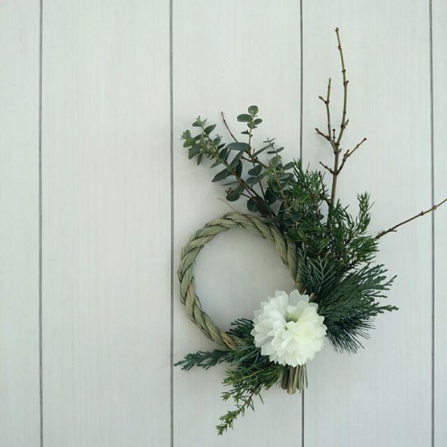 mi-さんの、お飾り,お正月,しめ縄,セリア,グレー,モノトーン,ハンドメイド,白黒,北欧,壁/天井,のお部屋写真