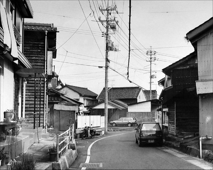 Hillside Road, Kiwado (1996), Thomas Struth